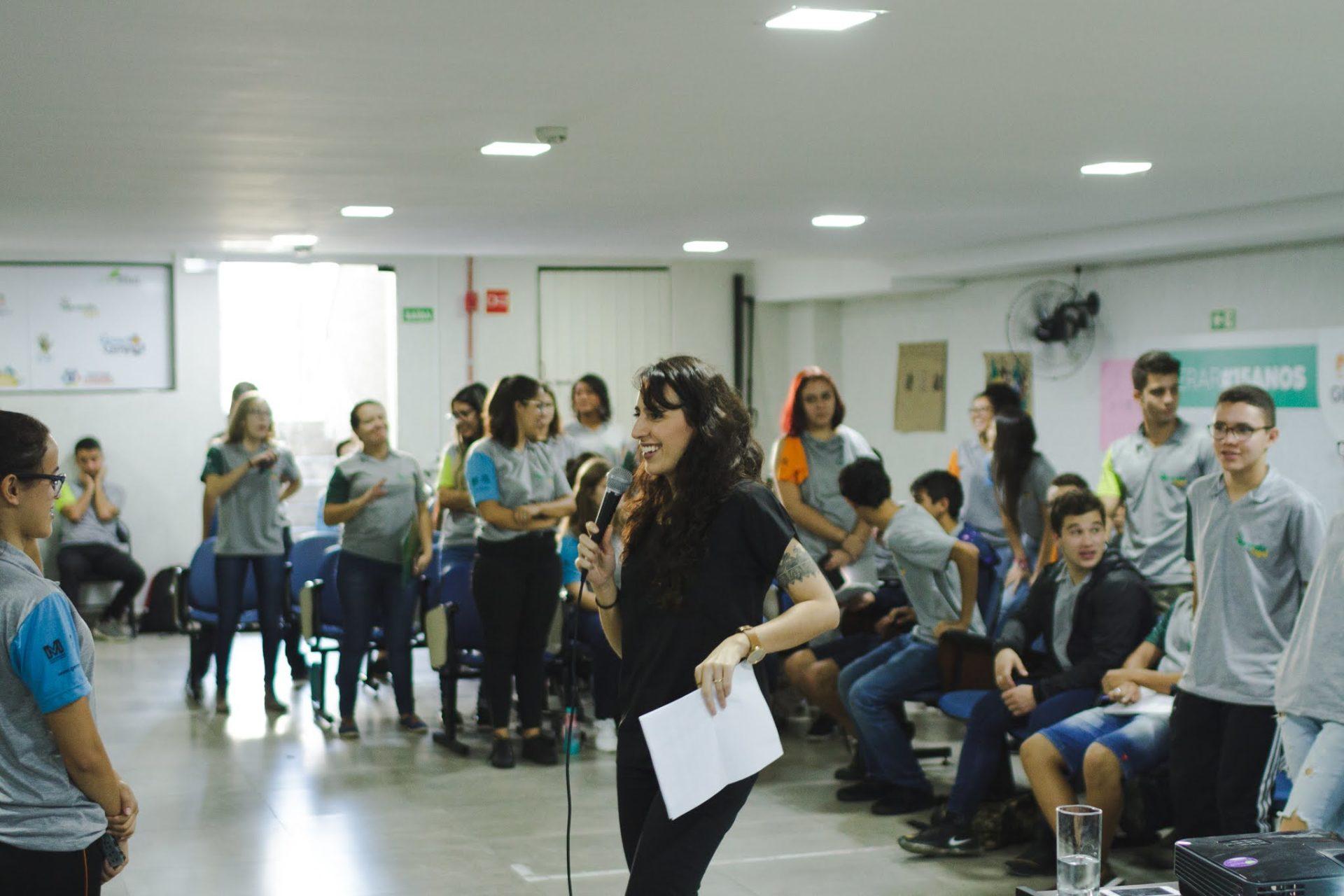 Palestra sobre direitos humanos no Projeto Gerar