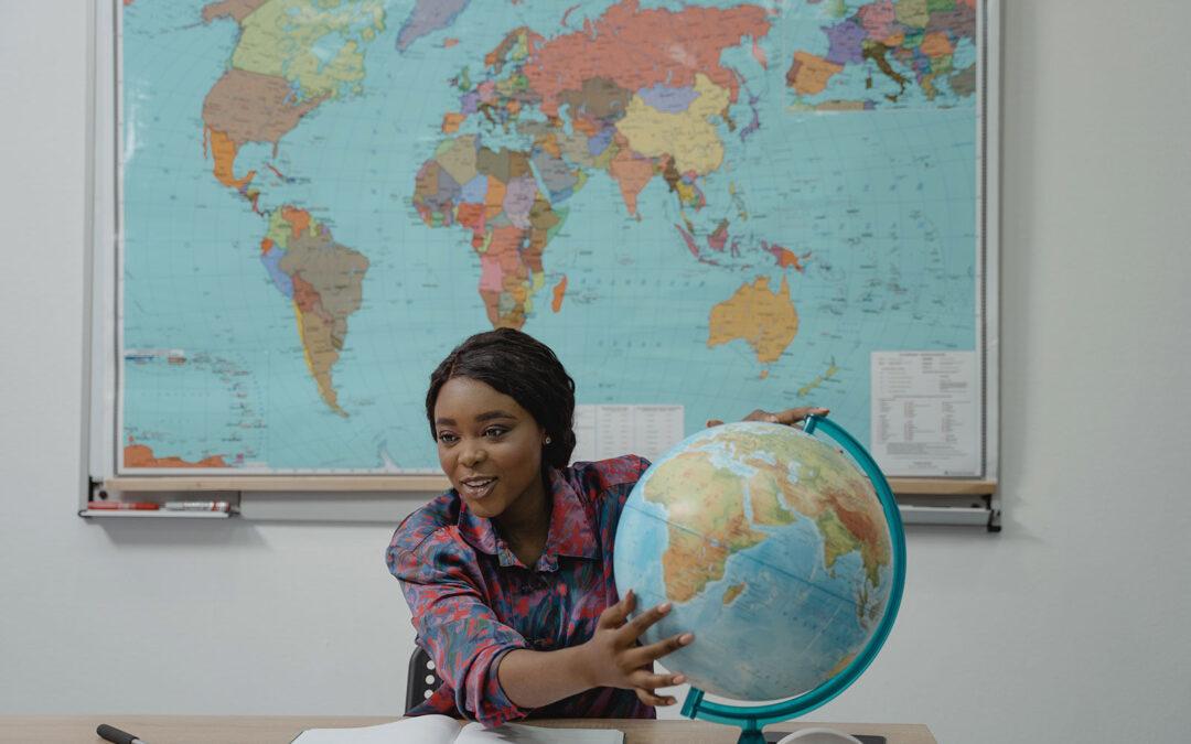 Lei 10639 tornou obrigatória a inclusão da história e cultura afro-brasileira na grade curricular