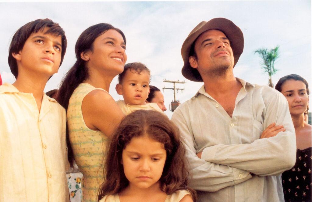 Dois filhos de Francisco é uma sugestão de filme para conversar sobre masculinidades afetivas